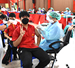 นักเรียนโรงเรียนเชียงแสนวิทยาคมเข้ารับการฉีดวัคซีน Pfizer